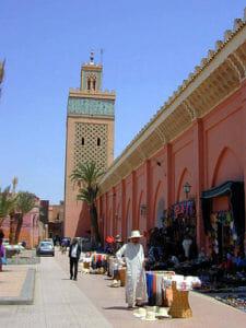 Le tipiche vie di Marrakech, dal fascino imperiale