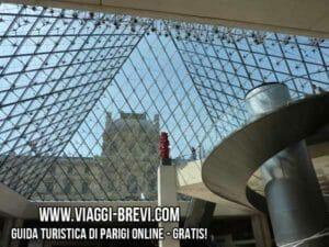 louvre piramide interno