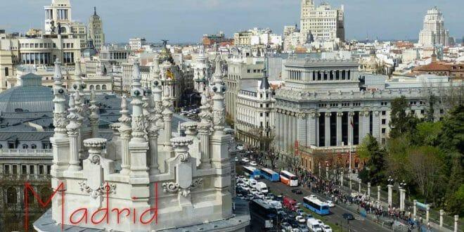Capodanno a Madrid: la Gran Via si prepara alla festa