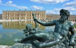 """Versailles """"salta la coda"""""""