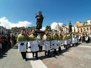 Pasqua a Sulmona, la processione