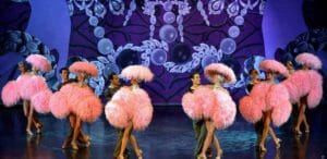 Parigi: spettacolo del Crazy Horse