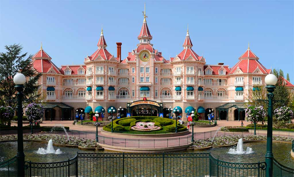 Camere Disneyland Hotel : Hotel a disneyland paris gli hotel disney ufficiali