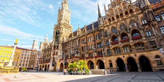 Monaco di Baviera, la piazza