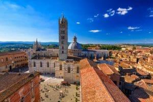 Siena, la piazza e il duomo