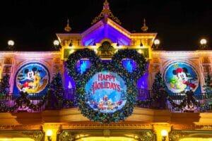Disneyland: la magica tematizzazione di Natale 2021